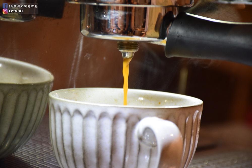 好果實 好食咖啡 good fruitDSC_0047Liz開懷大笑看世界.JPG