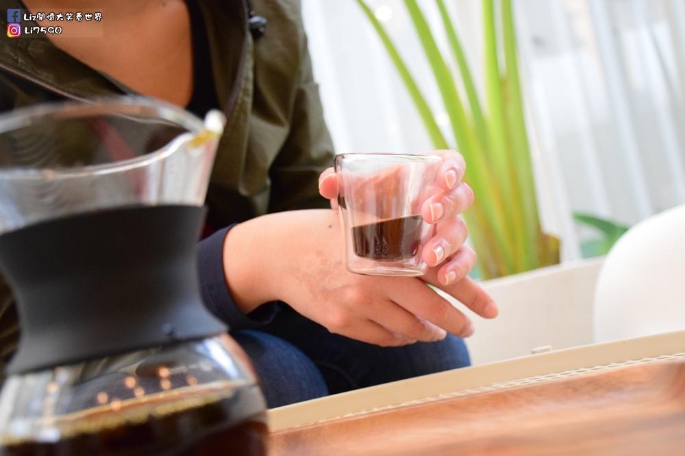 好果實 好食咖啡 good fruitDSC_0467Liz開懷大笑看世界.JPG