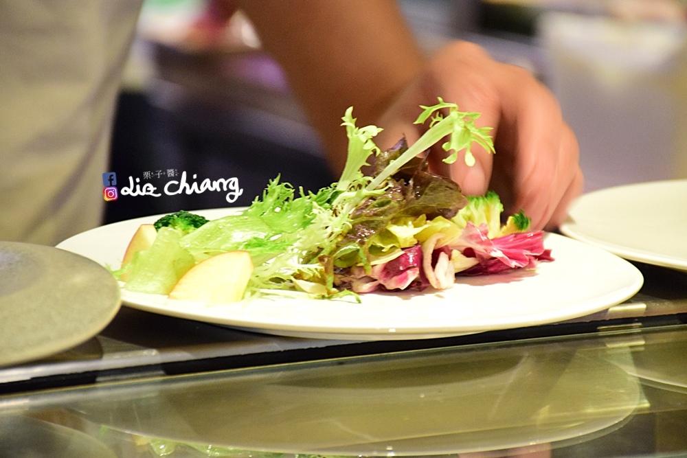 【台中公益路美食】高CP值日式料理,生魚片、壽司、火鍋一次介紹給你聽-手信大佬。