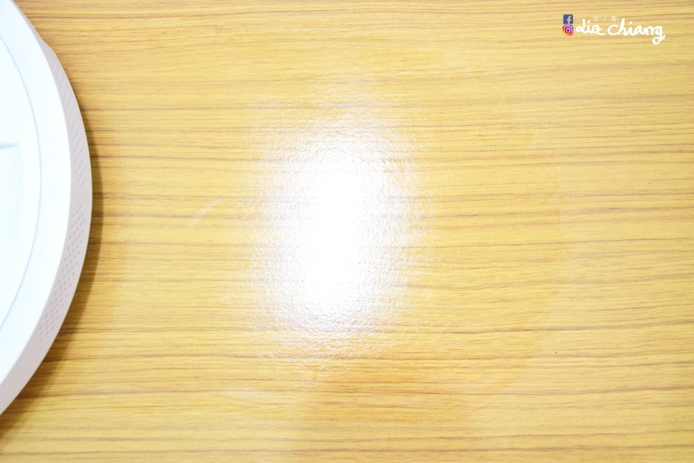 SANSUI山水WIFI智能超薄濕拖掃地機器人-SW-Q5+DSC_0021Liz chiang 栗子醬-美食部落客-料理部落客.JPG